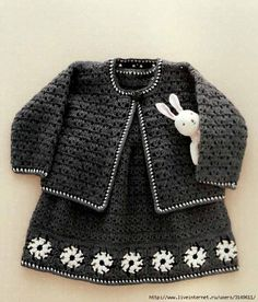 "Charcoal gray crochet set for a chic little girl! ""Crochet Pattern Explained for Little Princesses Fall -Winter Twin Set"" Vestidos Bebe Crochet, Crochet Bebe, Baby Girl Crochet, Crochet Baby Clothes, Knit Crochet, Crochet Dresses, Easy Crochet, Knitting For Kids, Crochet For Kids"