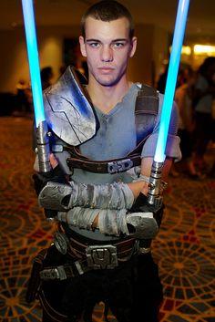 Galen Marek (Starkiller) Star Wars The Force Unleashed Cosplay Jedi Cosplay, Mandalorian Cosplay, Jedi Costume, Male Cosplay, Anime Cosplay, Star Wars Costumes, Cool Costumes, Cosplay Costumes, Costume Ideas