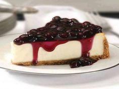 La tarta de queso con arándanos puede parece un postre difícil pero en esta receta te vamos a explicar como hacerla de una forma muy fácil. #Tarta_de_Queso_con_Arándanos #recetas #dulces #postres #queso #arándanos