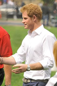 Prince Harry Photos - Prince Harry Watches a Little League Game - Zimbio