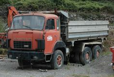 Afbeelding Busses, Old Trucks, Transportation, Vehicles, Track, Europe, Nice, Classic, Vintage