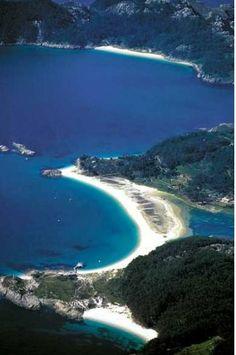 Praia de Rodas en las Islas Cíes (Galicia) // Rodas beach in the Cies Islands, Galicia, Spain