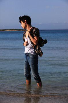 LOOKBOOK: Italian Beach by Vini Uehara #mensfashion