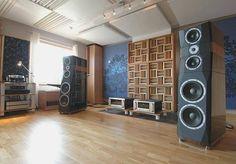 hi end audio room Audiophile Speakers, Hifi Audio, Audio Speakers, Focal Speakers, Sound Room, Acoustic Design, Sound Speaker, Audio Room, Speaker Design
