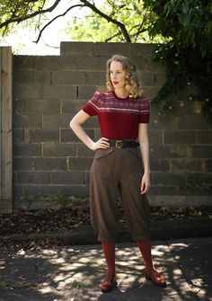 1940s Fashion, Vintage Fashion, Vintage Looks, Retro Vintage, Culottes Outfit, 1940s Style, Classy Style, Retro Look, Fashion Pictures