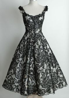 This is so pretty and elegant!