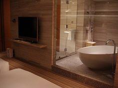 Fantastisch What Can Bathroom Remodeling Do For Your Home. BadezimmerideenModerne  RaumausstattungBadezimmer RenovierenDamentoilettenHausverschönerungWohnungen