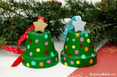 These clay pot Christmas tree ornaments are so cute and fun for kids to make! They are an easy Christmas ornament craft that kids of all ages will be able to create. Preschool Christmas, Christmas Crafts For Kids, Christmas Art, Simple Christmas, Holiday Crafts, Minimal Christmas, Natural Christmas, Christmas Activities, Kid Activities