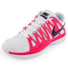 Redesigned with a women's-specific last, the Nike Women`s Zoom Vapor 9 Tour Tennis Shoes White and Pink is equipped with the latest technologies designed to deliver speed, cushioning, and stability. Worn by Maria Sharapova, the Zoom Vapor 9 Tour provides optimal lightweight performance.Upper: Running-inspired design offers improved flexibility and ventilation. Adaptive Fit technology provides optimized stability and fit, combined with mesh for ventilation.Midsole: Full-length Phylon midsole…