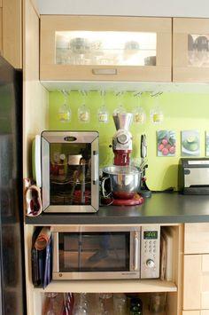Lyn Huckabee's Colorful, Abundant Kitchen