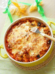 Tortellini with Tomato Sauce