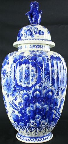 BLUE DELFT HAND-PAINTED GINGER JAR