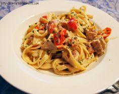 Cajun Chicken Fettuccine Alfredo by ComfortablyDomestic.com