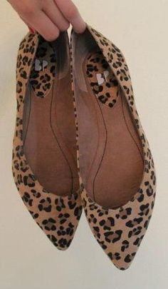 Leopard flats from Nordstrom. Cute Flats, Cute Shoes, Me Too Shoes, Fashion Mode, Fashion Shoes, Fashion Accessories, Womens Fashion, Ankle Boots, Shoe Boots