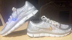 05a078accc5e Bling Swarovski Nike Free 5.0 V4-Snakeskin Print by laceeeyb88 on Etsy https