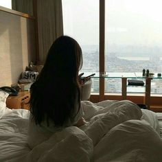 Image discovered by Nina AZ. Find images and videos about girl, aesthetic and ulzzang on We Heart It - the app to get lost in what you love. Ulzzang Korean Girl, Ulzzang Couple, Aesthetic Photo, Aesthetic Girl, Tmblr Girl, Uzzlang Girl, Korean Couple, Foto Instagram, Girl Photography