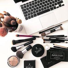 Younique Lash Virtual Party for Julie Aiello Younique Mascara, Younique Presenter, Makeup Younique, Kiss Makeup, Love Makeup, Beauty Makeup, Makeup Ideas, Makeup Tips, Natural Hair Mask