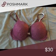 Victoria Secret bra Gently used, washed on delicate & air dried. Victoria's Secret Intimates & Sleepwear Bras