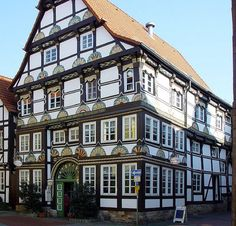 The Pied Piper of Hamelin – Hamelin is a town on the river Weser in Lower Saxony, Germany.