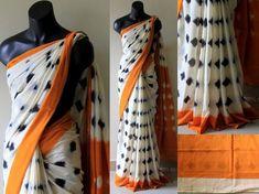 Mulmul Cotton Printed Sarees from Stf Store Formal Saree, Casual Saree, Ikkat Saree, Handloom Saree, Fancy Sarees, Party Wear Sarees, Cotton Saree Designs, Blouse Designs, Simple Sarees
