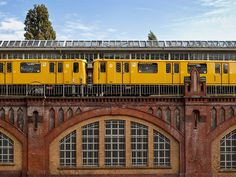 S-bahn between Warschauer strasse and Ostkreuz by Mau71, via Flickr