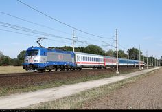 Train Tracks, Locomotive, Railroad Tracks, Star, Model Trains, Conveyor System, Locs, Stars
