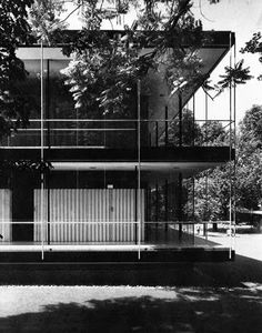Pavilhão\ Bélgica (Bruxelas), Egon Eiermann & Sep Ruf\ German pavilion of the World Exhibition, Brussels World Fair Modern Architecture Design, Vintage Architecture, Japanese Architecture, Interior Architecture, Casa Patio, Facade House, Built Environment, Mid-century Modern, Japanese Modern