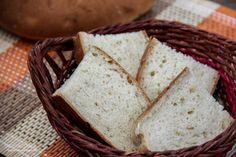 Chleb i cebula w piekarniku - przepis ze zdjęciem, jak piec w domu