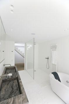 stone washbasin//