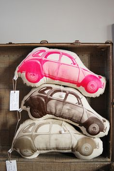 Auto's voor de kids - these look really fun! Deco Kids, Textiles, Pillow Fight, E Design, Interior Design, Softies, Kids Room, Sweet Home, Plush