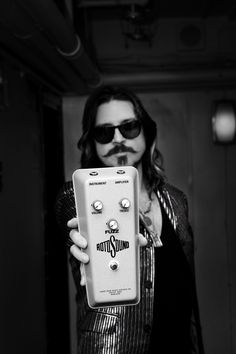 Scott Holiday of Rival Sons