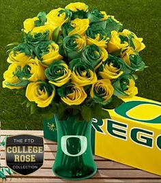 The FTD University of Oregon Ducks Rose Bouquet