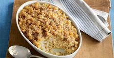Runners' World cauliflower macaroni and cheese. Looks great, and a healthier option for mac and cheese! Tara just for you since your a runner Think Food, I Love Food, Good Food, Yummy Food, Healthy Cooking, Healthy Snacks, Healthy Eating, Vegetarian Recipes, Healthy Recipes