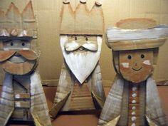 Three Kings / Reyes Magos -- cute idea for cardboard craft Diy Nativity, Christmas Nativity, Christmas Wood, Christmas Projects, Faith Crafts, Man Crafts, Three Wise Men, Sunday School Crafts, Cardboard Crafts