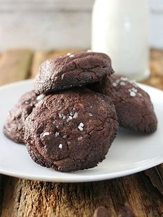 Decadent, yet gluten-free and diabetes friendly! Enjoy these alongside your favorite milk option for an added boost of protein!This cookie recipe is so delicious that no one would ever guess these are both dairy-free and sugar-free!