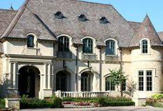 feel like a princess living in her very own castle French Chateau style home French Exterior, Stucco Exterior, Exterior Design, Exterior Colors, French Chateau Homes, French Style Homes, Architecture Design, French Architecture, Classical Architecture