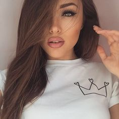 ☼ ☾pinterest | Itsmypics Most Beautiful Faces, Beautiful Eyes, Brunette Beauty, Hair Beauty, Beautiful Girl Makeup, Girls Makeup, Mode Style, Pretty Face, Look Fashion