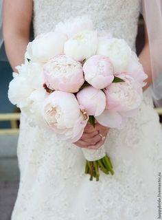 Свадебные цветы ручной работы. Ярмарка Мастеров - ручная работа Нежный букет невесты из пионов. Handmade.
