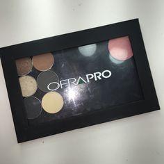 Ofra pro z palette w 6 ofra eyeshadows. 3 matte & 3 shimmer + elizabeth moth blush in peach pink.