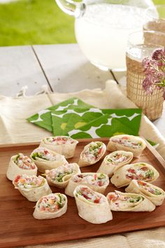 All the classic flavors of a BLT rolled up in a tortilla for an easy party-perfect bite. Ready in only 15 minutes, game day appetizers hardly get easier than this!