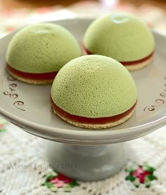 Matcha green tea mousse pies from TheKitchn. So yummy looking!