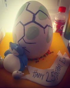 Here's another Pokemon Go cake! It was made by Tipsy Cakes (Chicago) for my girlfriend's 25th! She desperately wants to hatch/catch a Snorlax, but hasn't yet! : pokemongo