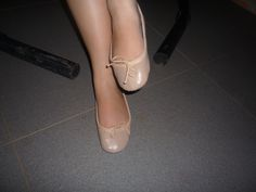 Stroking my leg ; Pink Ballet Shoes, Chanel Ballet Flats, Dance Shoes, Character Shoes, Legs, Fashion, Ballet Flats, Pink Ballet Flats, Dancing Shoes
