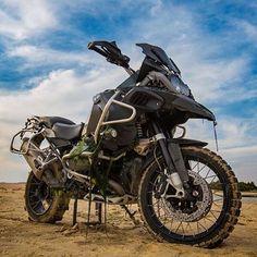 Disfruta de una nueva aventura, que mejor que una BMW R1200GS, simplemente…