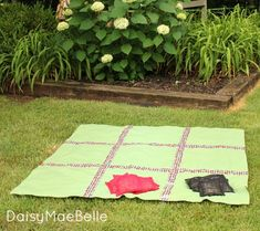make an outdoor tic-tac-toss game. Why do I never come up with these ideas on my own?!