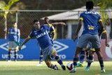 src=Xhttp://s2.glbimg.com/kH4YZhCkuZMXLG8SfPgyKS2wfMI=/160x108/smart/s.glbimg.com/es/ge/f/original/2017/01/20/treino_003182.jpg> Thiago Neves é liberado pela FIFA e fica à espera de regularização no BID ]http://globoesporte.globo.com/futebol/times/cruzeiro/noticia/2017/02/thiago-neves-e-liberado-pela-fifa-e-fica-espera-de-regularizacao-no-bid.html #cruzeiro ℹ