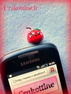 "Plug phone "" un amour de pomme"" Kawaii"