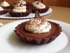 VÍKENDOVÉ PEČENÍ: Čokoládové tartaletky Sweet Bar, Chocolate Sweets, Yummy Cookies, Party Cakes, How To Make Cake, Sweet Tooth, Cheesecake, Good Food, Food And Drink