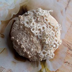 Vintage Lace Button by GypsyFeather ... cream, light ecru ... tatting, rose montees, Czech seed pearls, 21301, gypsy feather