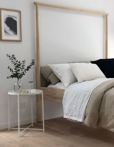 30 French Country Bedroom Design and Decor Ideas for a Unique and Relaxing Space - The Trending House Clean Bedroom, Stylish Bedroom, Cozy Bedroom, Modern Bedroom, Bedroom Decor, Bedroom Cleaning, Bedroom Ideas, Budget Bedroom, Bedroom Bed